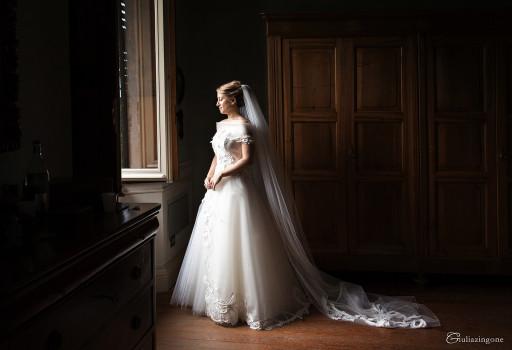 ho fotografato questo splendido abito da sposa di David Fielden in un matrimonio a Villa Bossi a Bodio